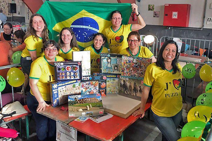 Equipe brasileira no campeonato mundial de quebra-cabeças na Bélgica 2017